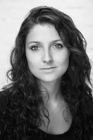 Elaine Hartley, Voiceover Artist, English, London, UK