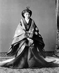 「バッキンガム宮殿での平安朝衣装」の画像検索結果