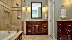 Traditional bathrooms be equipped classic bathtub be equipped