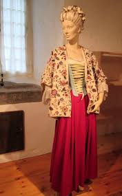 images about th century women s clothing reproductions model of an upper class 18th century french canadian w in undress at chacircteau