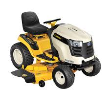 each mower is designed to meet the needs of a slightly diffe demographic though both mowers are a great choice for larger lawns semiprofessional