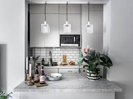 Yay Or Nay Zwart Wit Grijze Keuken Met Fleurig Behang Alles Om
