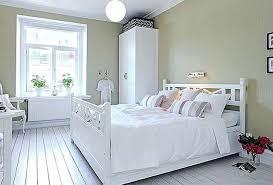 3 Tips Memilih Cat Kayu Warna Putih Yang Bagus Dan Aman Pada Furniture