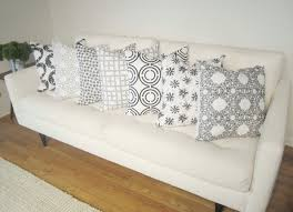 White couch pillows Geometric Mesmerizing Black And White Throw Pillow Set For White Couch Rjeneration Home Decoration Mesmerizing Black And White Throw Pillow Set For