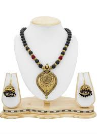 beautiful traditonal golden color beautified with black colored moti necklace set in us uk canada fiji dial n fashion