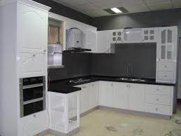 image of painting kitchen cabinet doors