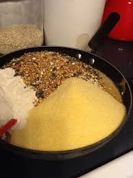 easy suet recipe to feed the birds 1 cup lard 1 cup crunchy peanut er 1 3 cup sugar 2 cups quick cooking oats 2 cups cornmeal 1 cup flour