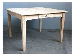 Table de repas carrée en bois massif : acacia, chêne, hévéa, teck ...