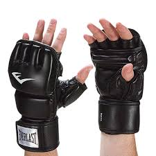 full grain leather punching surface delivers professional durable and long lasting results for heavy hitters get the most from heavy bag training