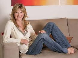 After two great years with blue peter during which time she became queen of the tracey island make, anthea left for a million a year contract with gmtv. Blue Peter Presenters In The 90s Katy Hill Anthea Turner Simply Eighties
