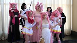 I loved working with capes it. A Video From The Sailor Moon Meetup Is Finally Up On Youtube And Guess What I M In It Special Thanks To Photovideosamp Sailor Moon Cosplay Sailor Moon Sailor