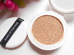 make up for ever uv bright cushion spf 35 intense moisture dewy foundation review