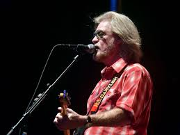 I Saw The Light Daryl S House Author And Ex Wife Of 80s Rock Star Daryl Hall Died After