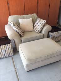 alan white oversized accent chair and ottoman furniture in chandler az offerup
