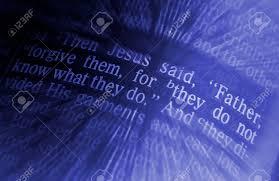 Père Pardonne Leur Car Ils Ne Savent Pas Ce Quils Font Texte Biblique De Luc 2334 La Bible Les Effets Visuels Pour Souligner Le Message Macro
