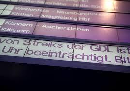 Juli 2021 nach mehrtätigen verhandlungen einen angemessenen abschluss erzielen. Streit Zwischen Bahn Und Gdl Verscharft Sich Streik Ruckt Naher