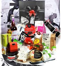 69 00 a feast gift box