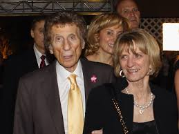 mike ilitch dies at  2011 hockey hall of fame induction
