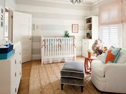 room medium size cream wall