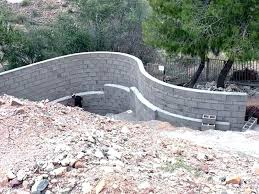 building a concrete block retaining wall building concrete block retaining wall laying concrete block retaining wall