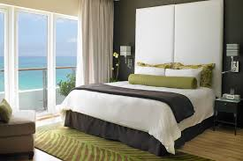 One Bedroom Suite At Palms Place Oceanfront Suites In Miami Beach The Palms Hotel Spa Aceur Suites