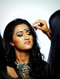 our 3 week fashion beauty pro makeup course is designed for those who want to