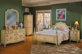 Bedroom Simple Bedroom Decorating Ideas Uk For Your Furniture Home