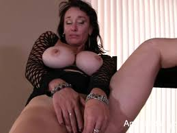 Busty mature porn videos