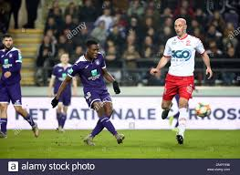 BRUSSELS, BELGIUM - NOVEMBER 24: Albert Sambi Lokonga of Anderlecht battles  for the ball with Christophe Lepoint