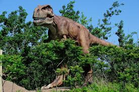 How many types of dinosaurs are known?