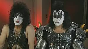 paul stanley having original kiss lineup perform at rock hall induction in makeup was a