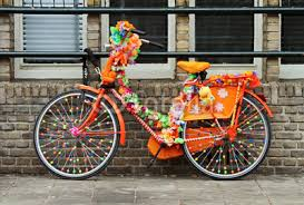 Here's some images of the decorated bikes that have been inspiring us as we  plan out our Bike Art project for the April art crawl!