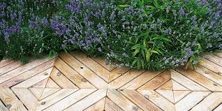 how to lay decking