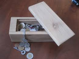 beginner woodworking plans. cedar treasure chest beginner woodworking plans