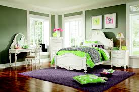 Simple Bedroom For Women Charming Lime Green Upholstered Queen Bed With Cube Wall Mirror