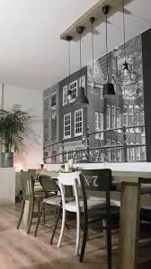 Steigerhoutentafel Cafestoelen Fotobehang Home En Inboedel