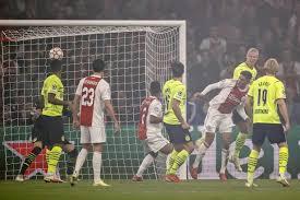 I risultati di Champions League | spettacolo Ajax | colpi di Liverpool e  Real Madrid