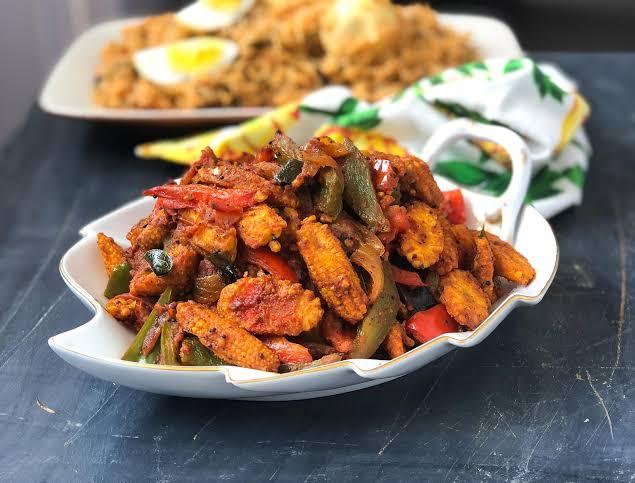 Kadhai Baby Corn Curry