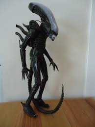 Neca 1 4 Display Stand NECA 100100 Scale Alien Figure Review AvPGalaxy 2