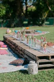 diy pallet outdoor dinning table. 35 outdoor parties worth celebrating diy pallet dinning table
