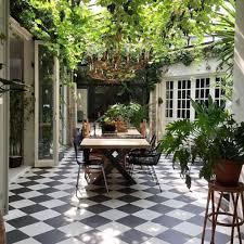 Courtyard Plants Design Saturdays Outdoorliving Beautifulspaces Design Plants