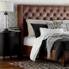 rug sizes under queen bed