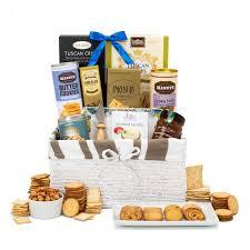 cote sweet savory gift basket