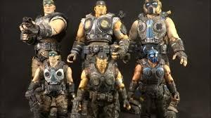 Neca Gears of War 3 3/4 figures - YouTube