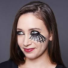 Spider Queen   Cool Halloween Makeup   25 Looks That Are Actually Easy