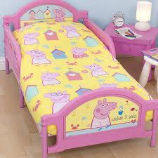 Peppa Pig Bedroom Furniture Peppa Pig Bedding Bundle Toys R Us