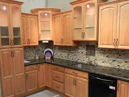 Maple Kitchen Cabinets Backsplash Shaker Natural Maple Kitchen
