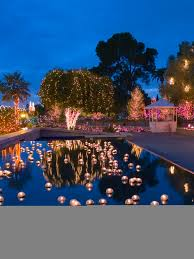 floating candles for pool wedding. what a beautiful and romantic setting for your outdoor wedding reception..pool candlesfloating candles for poolfloating floating wedding d