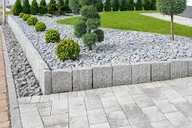 beautiful garden edging ideas