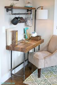 Industrial Bookcase Diy Best 25 Pipe Desk Ideas On Pinterest Industrial Pipe Desk Diy